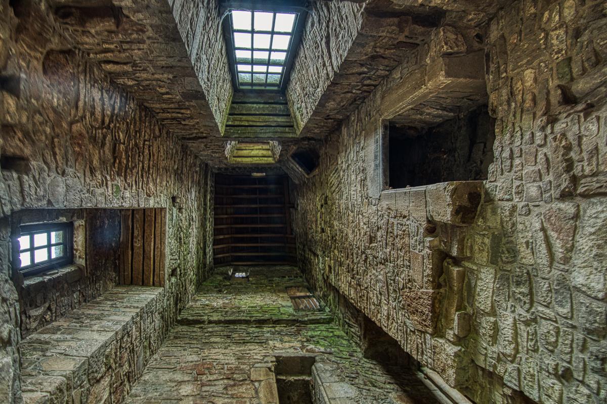 Huntingtower castle tower-2.jpg