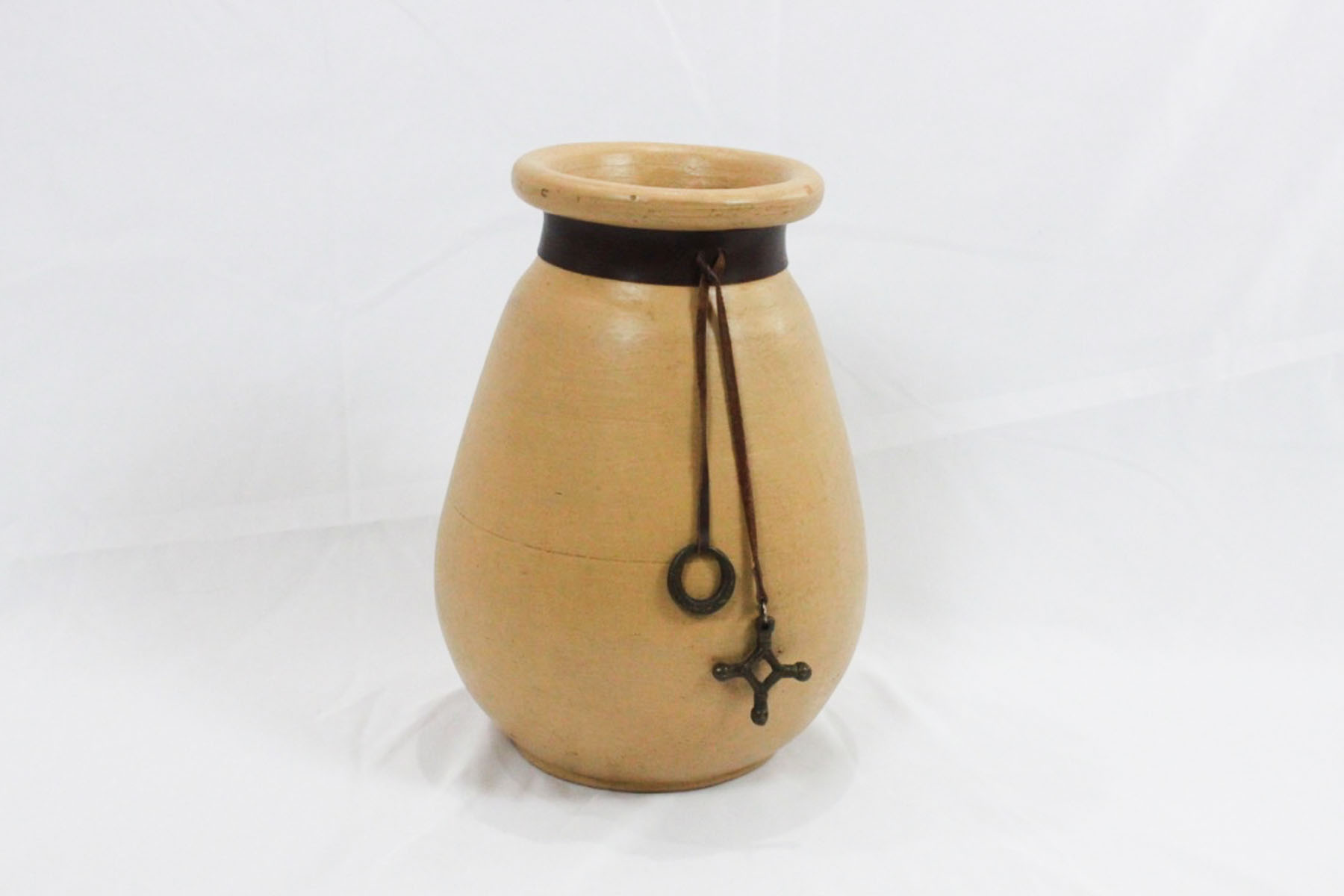 Lazarus Pot - Scavenged Vintage.jpg