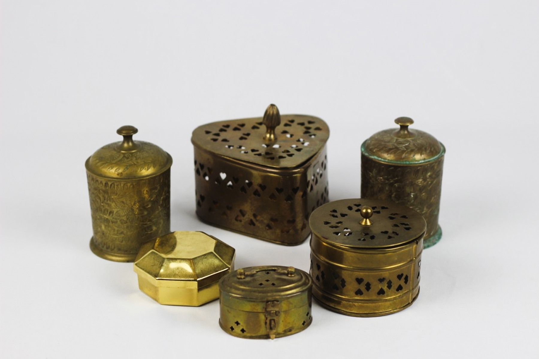 Brass Containers - Scavenged Vintage Rentals