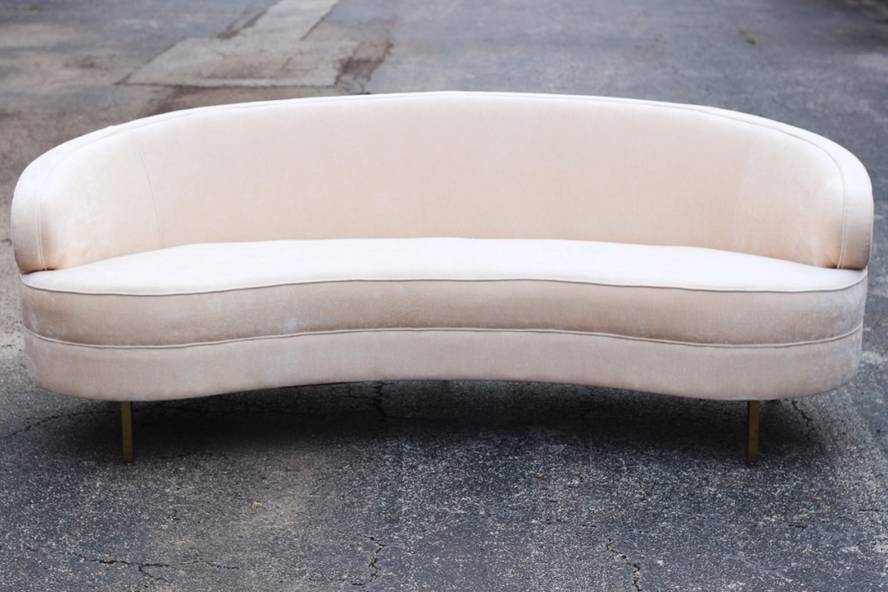 Kate Sofa - Austin Event Rentals