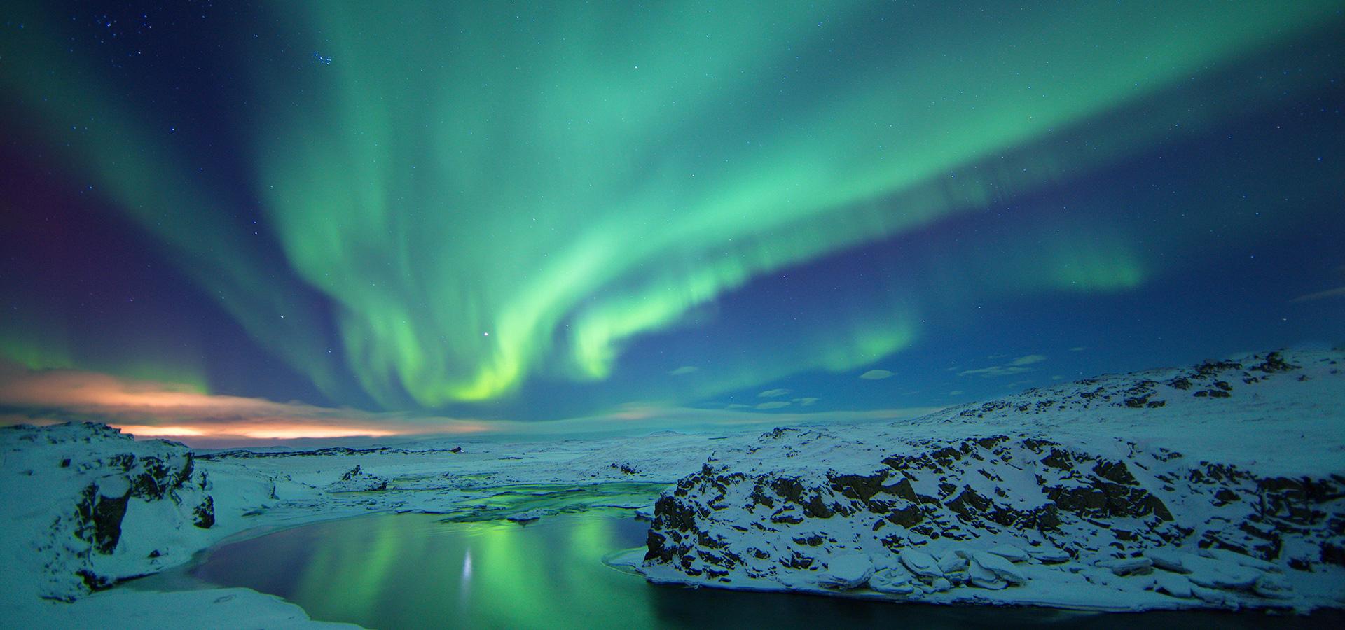 an-evening-of-northern-lights-at-laugarvatn-fontana-4.jpg