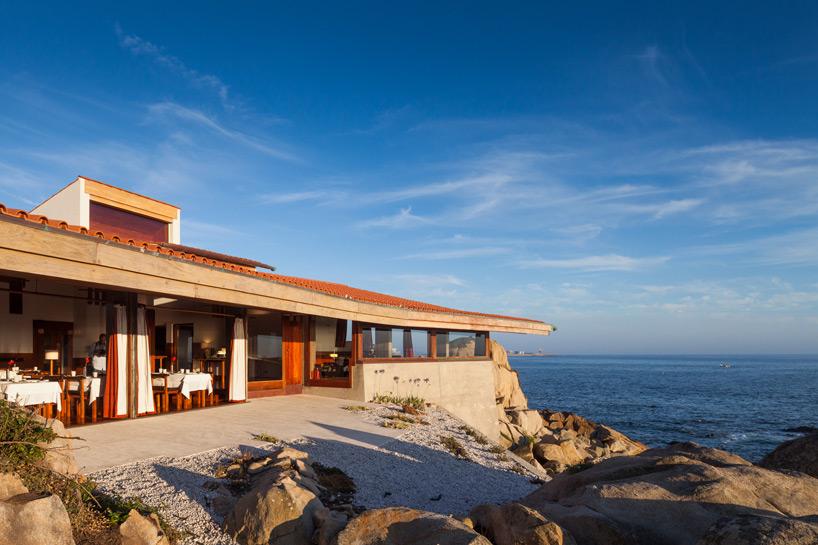 alvaro-siza-the-boa-nova-tea-house-matosinhos-portugal-designboom-07.jpg