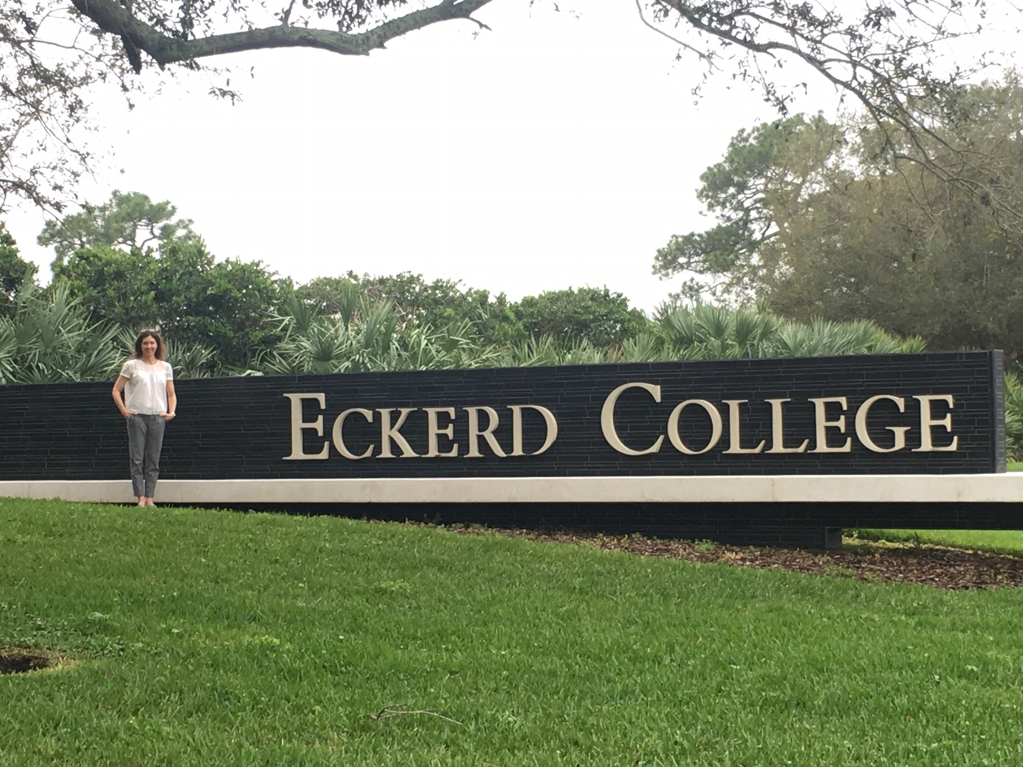 School sign.eckerd.jpg