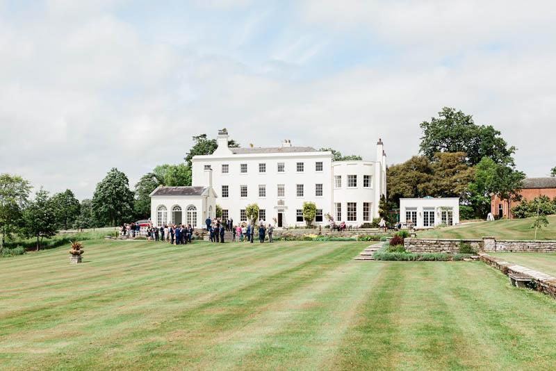White Manor House in Devon with luxury garden