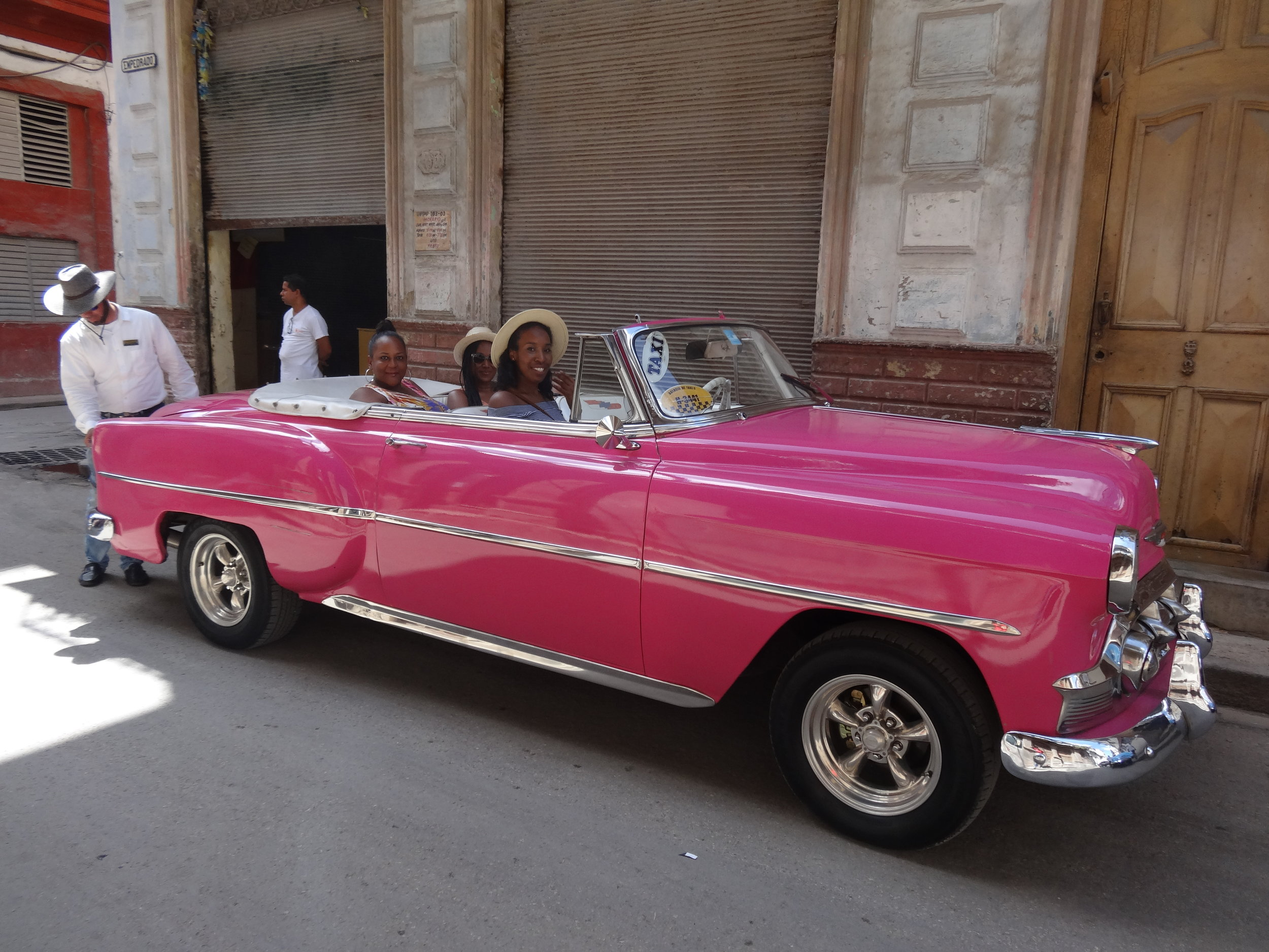 Classic Car Tour of La Habana - Hop into a classic Cuban car to tour and discuss residential neighborhoods. From housing, community stores, parks, and public art - be inspired by the Cuban style of life.