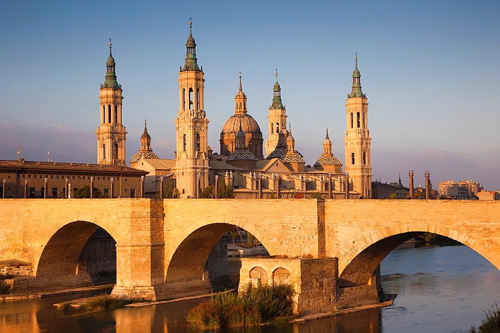 Zaragoza, España (robertharding.com)