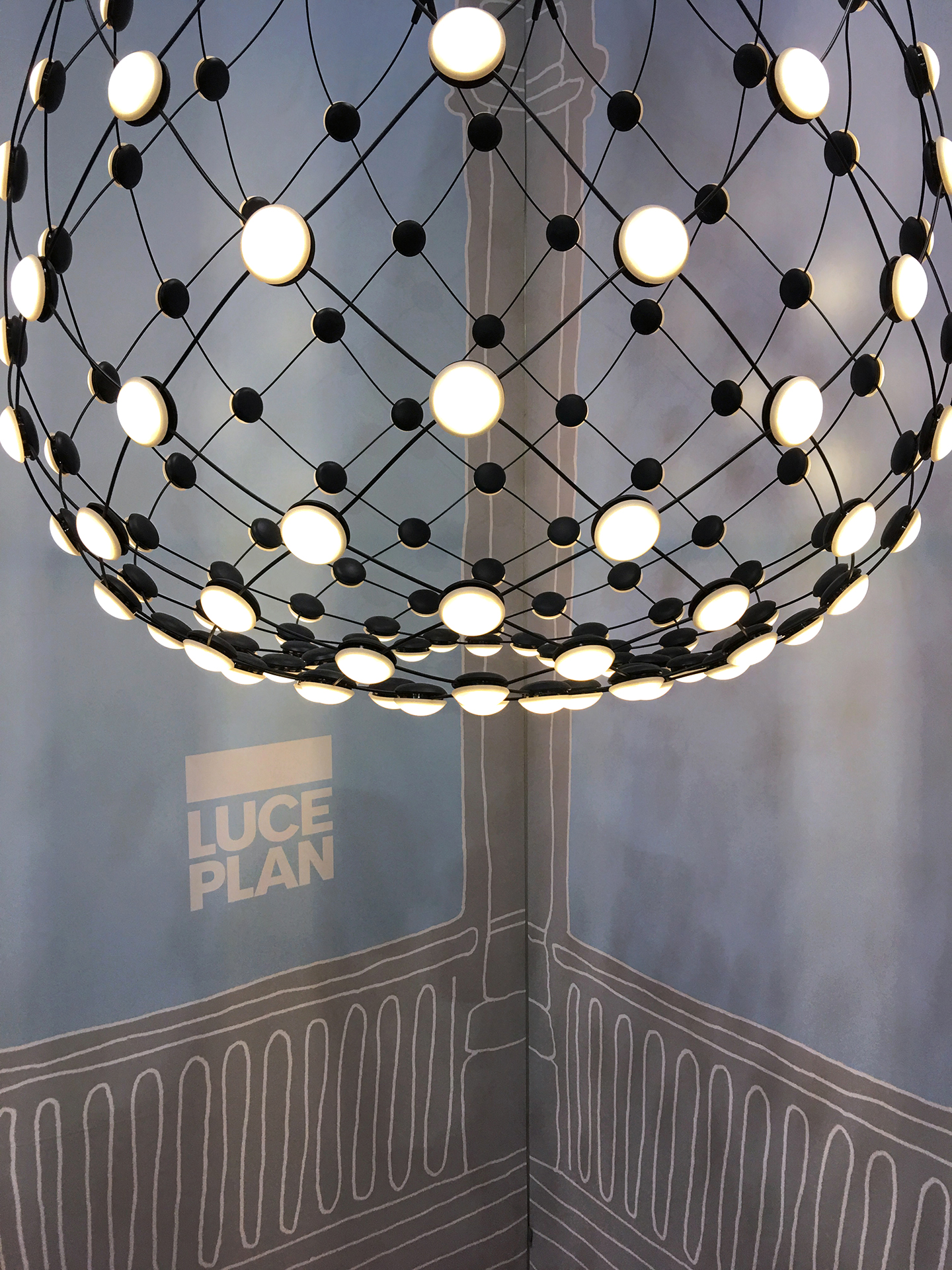 Mesh suspension light for Luceplan by Francisco Gomez Paz.
