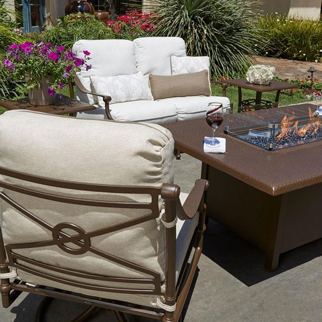 It's time you stepped outside the box and into Outdoor Room Without Walls. Visit us our website for all the details!⠀ ⠀ ⠀ ⠀ .⠀ .⠀ .⠀ .⠀ .⠀ .⠀ .⠀ #yeg #edmonton #yeggers #yeglocal #madeinyeg #business #exploreedmonton #professional #edmontonlife #shoplocalyeg #edmontonliving  #outdoorfurniture #ratana #northcape #ORWW @outdoorroomswithoutwalls