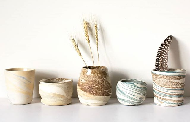 A little preview of the photoshoot I did earlier this week for a friend - her hand made ceramics are absolutely stunning, and I can't wait until she starts sharing them with everyone else! . . . . #thedaydreamcreative #graphicdesign #designinspiration #branding #melbournedesigner #shoplocal #supportlocal #graphicdesigner #graphicdesignerofinstagram