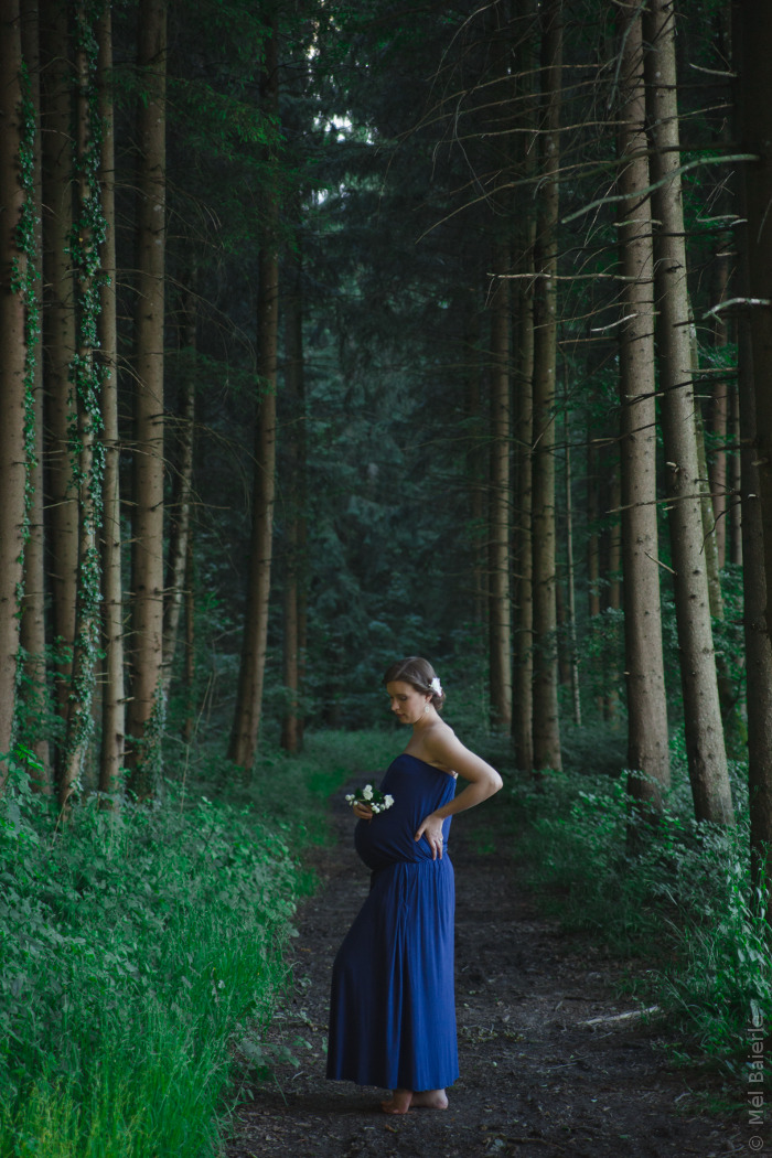 Maternity Fotoshooting in der Natur