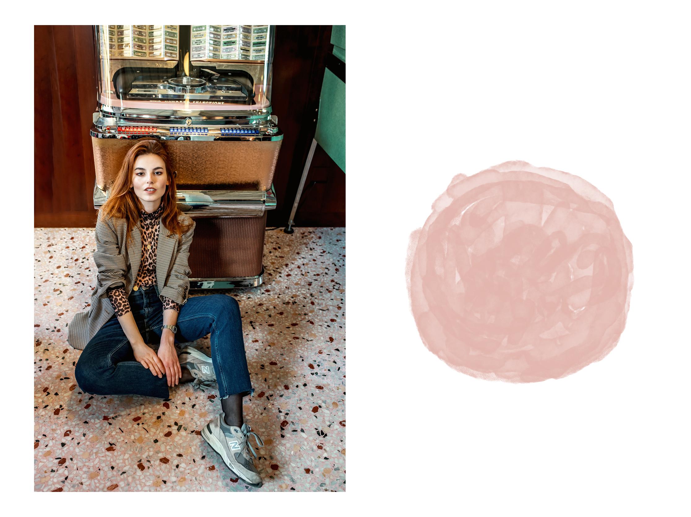 Ganni turtleneck // New Balance sneakers // Weekday jeans // Zara blazer
