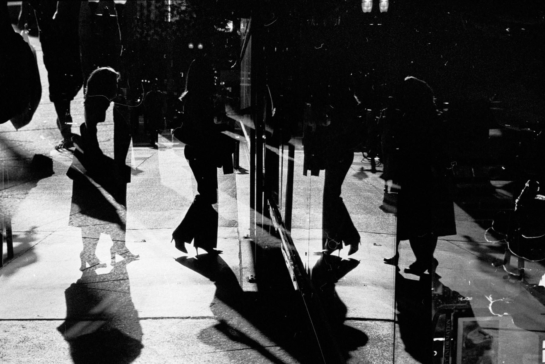 Dali's Dance, Chicago