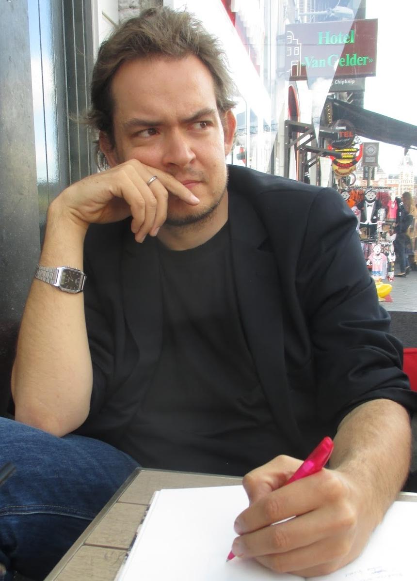 Bjarke Schjødt Larsen - Bjarke har en cand.mag. i dansk fra Københavns Universitet, og er uddannet fra Forfatterskolen i Børnelitteratur (2012-2014). Bjarke er medstifter af HUF og er i dag udgivet forfatter og underviser.
