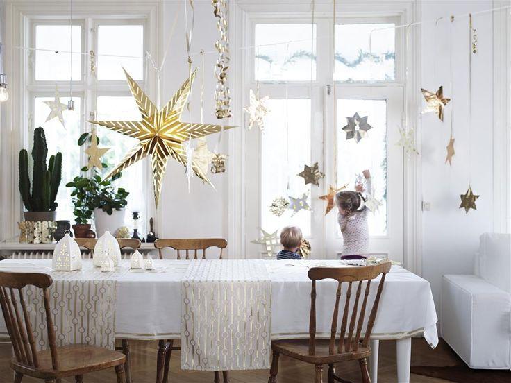 01_IKEA_Weihnachtsdeko_Gold.jpg.pagespeed.ce.wupDNlUMUE.jpg