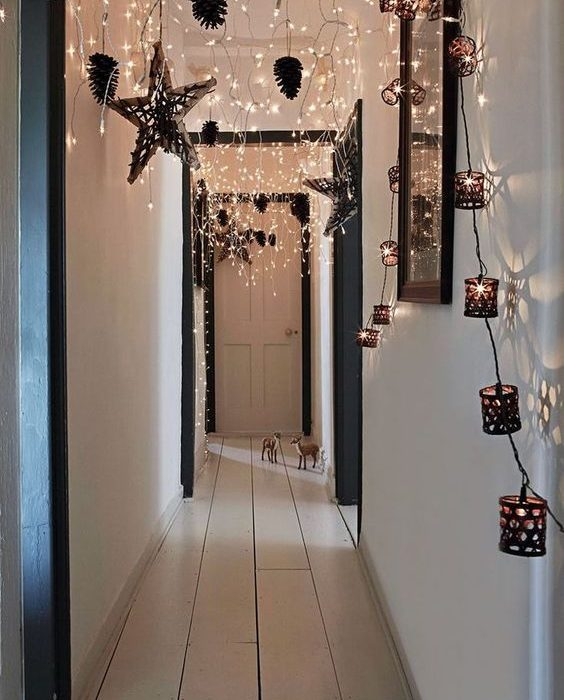 christmas-home-decor-ideas-luxe-lighting-hollygoeslightly-564x700.jpg