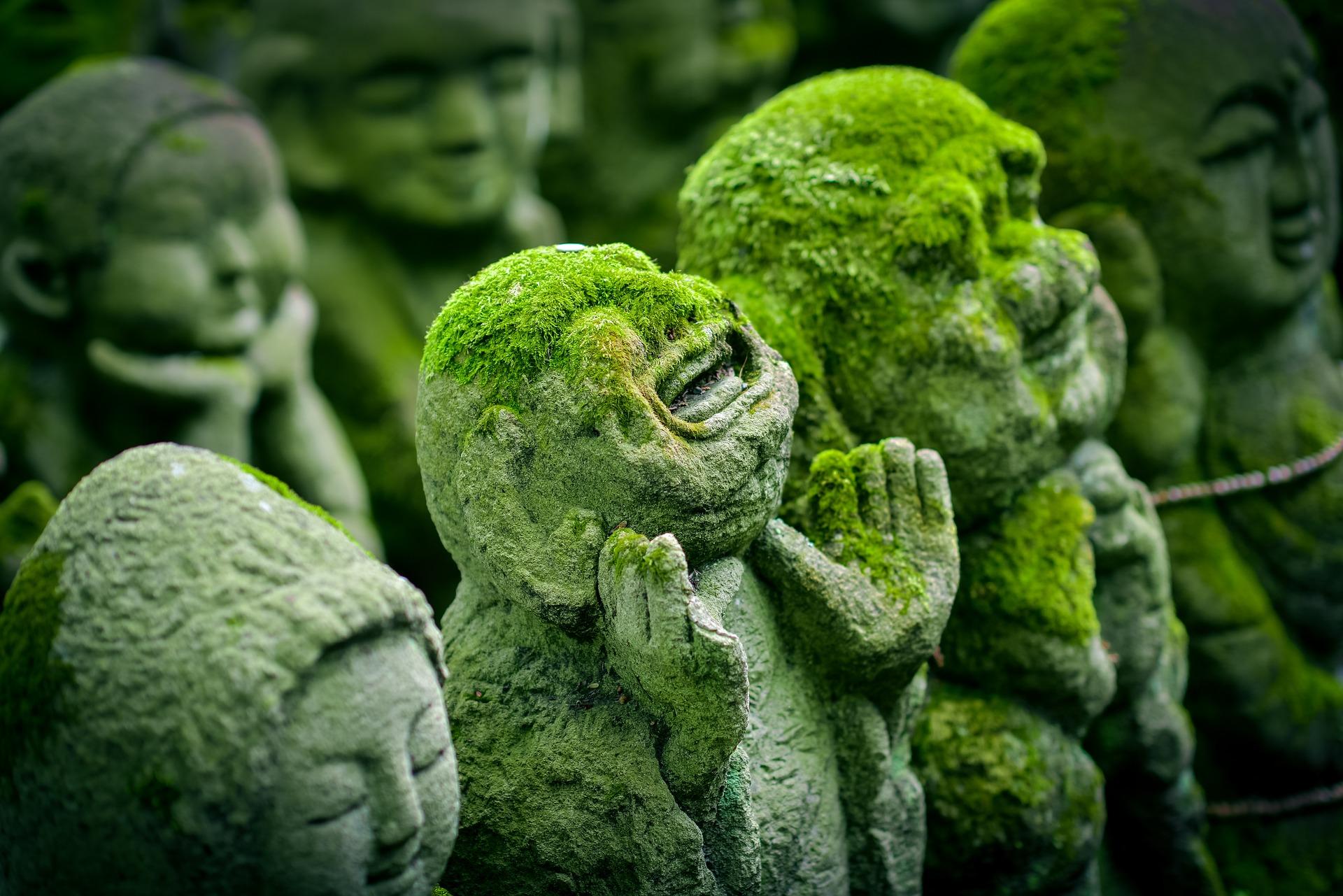 kyoto statues.jpg