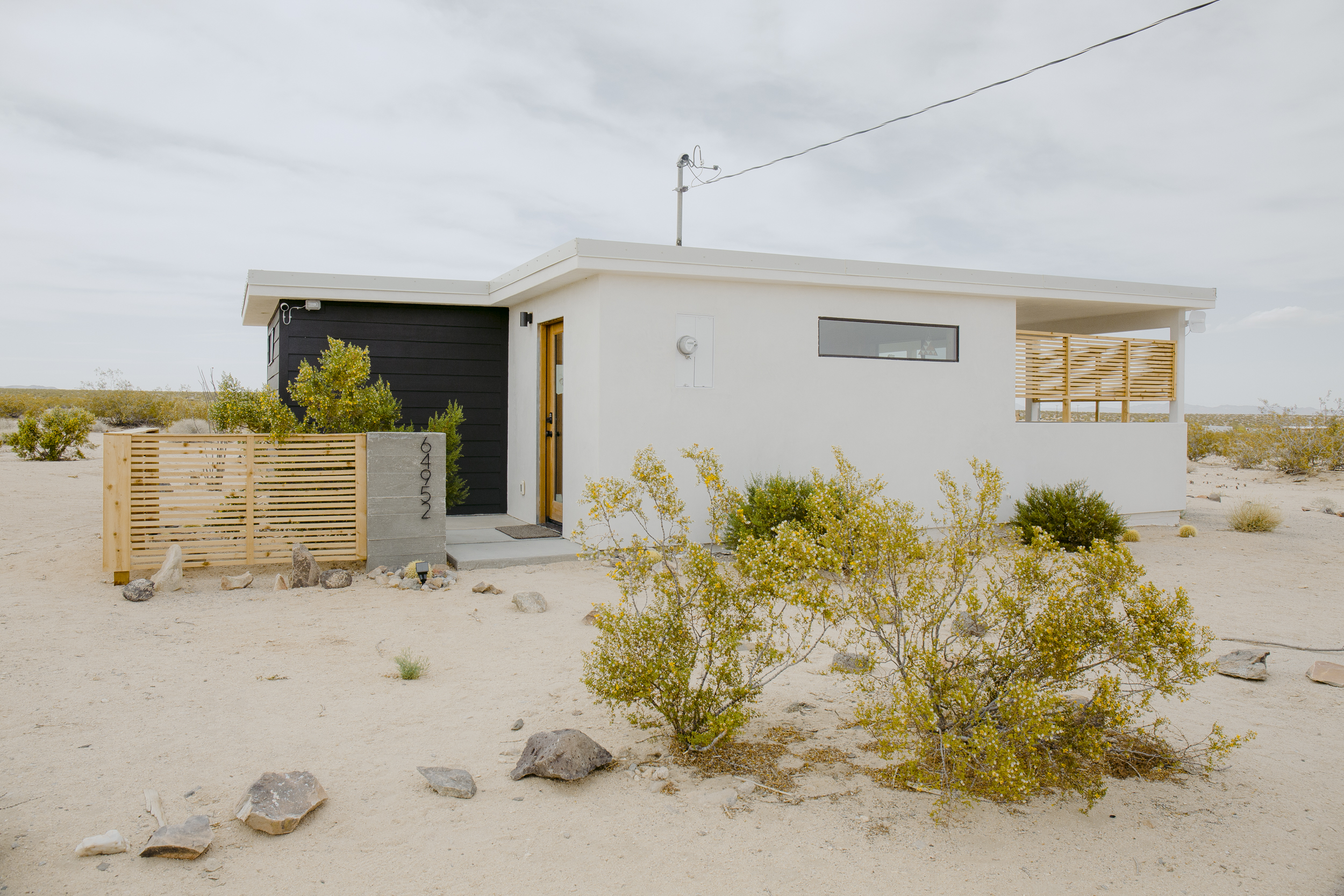 The Shack Attack  Airbnb in Joshua Tree