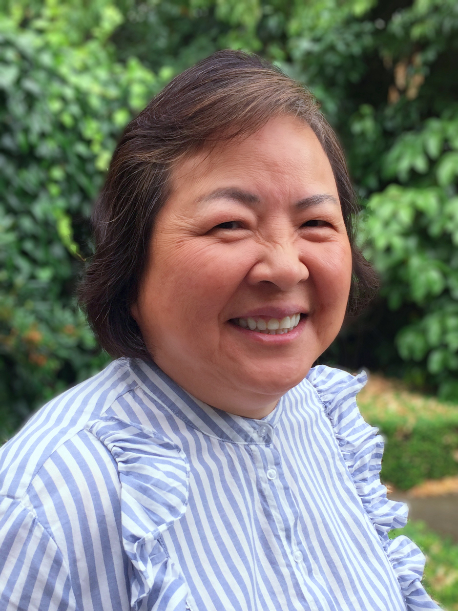 Kitty Yuen is an Experienced Accountant with a Law Degree.