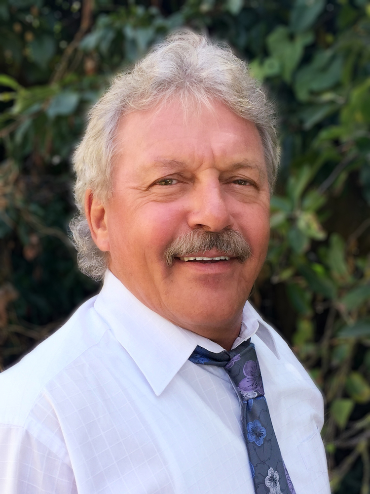 Tax Link Manager and Chairman Bruce McDowell is a Qualified Taxation Accountant.