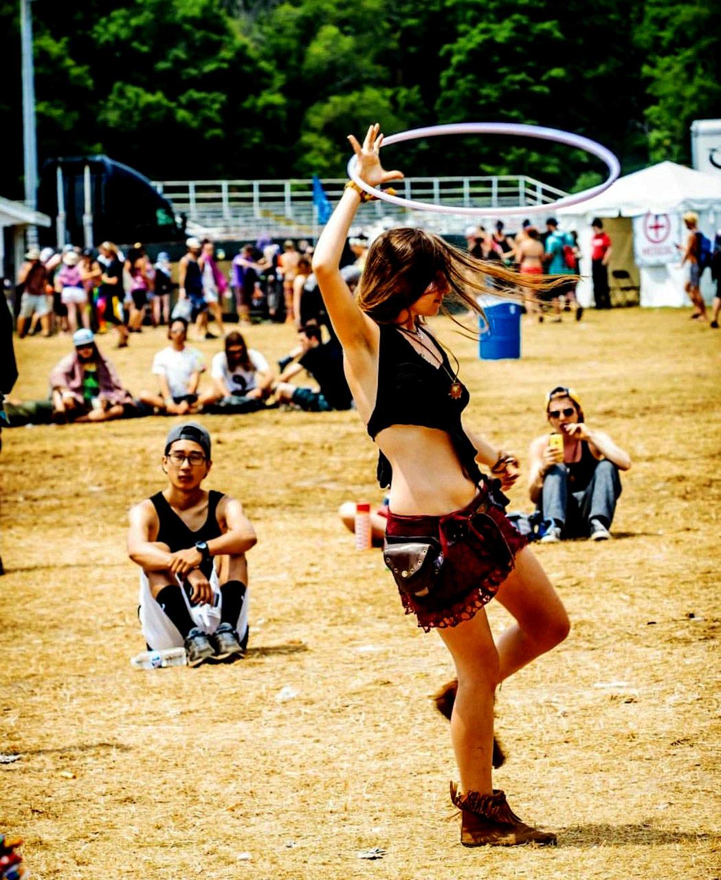 girl hooping in crowd.jpg
