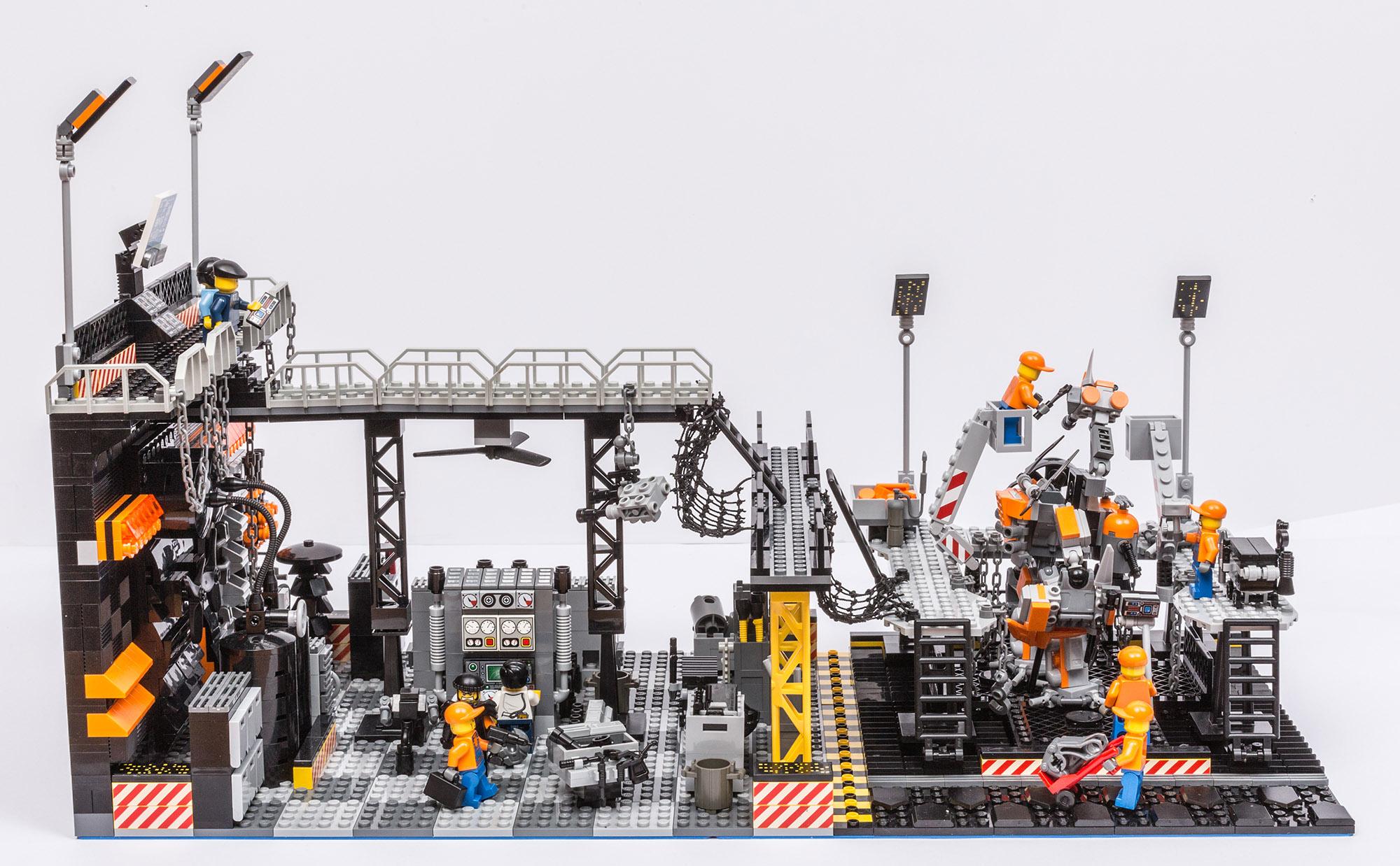 1018_LegoMOC_ThundersuitLaunchbay-7652.jpg