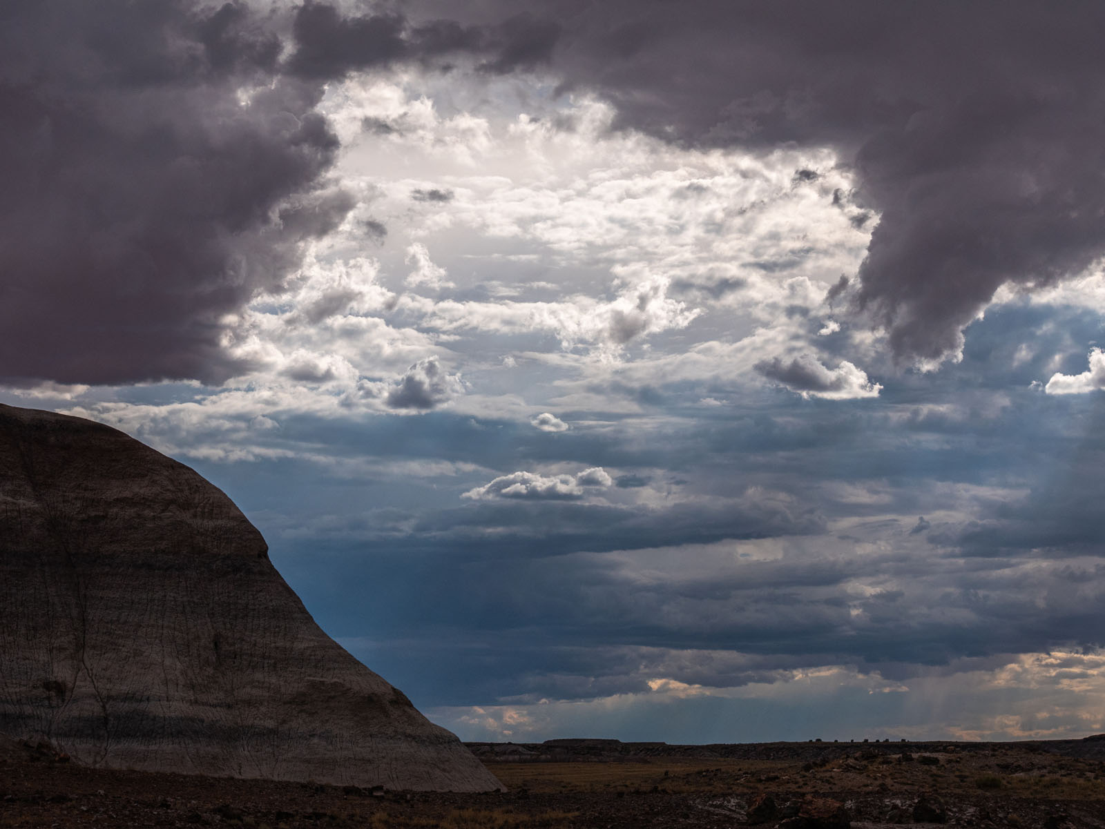 CO_Vacationmoon_PaintedDesert-1010527.jpg