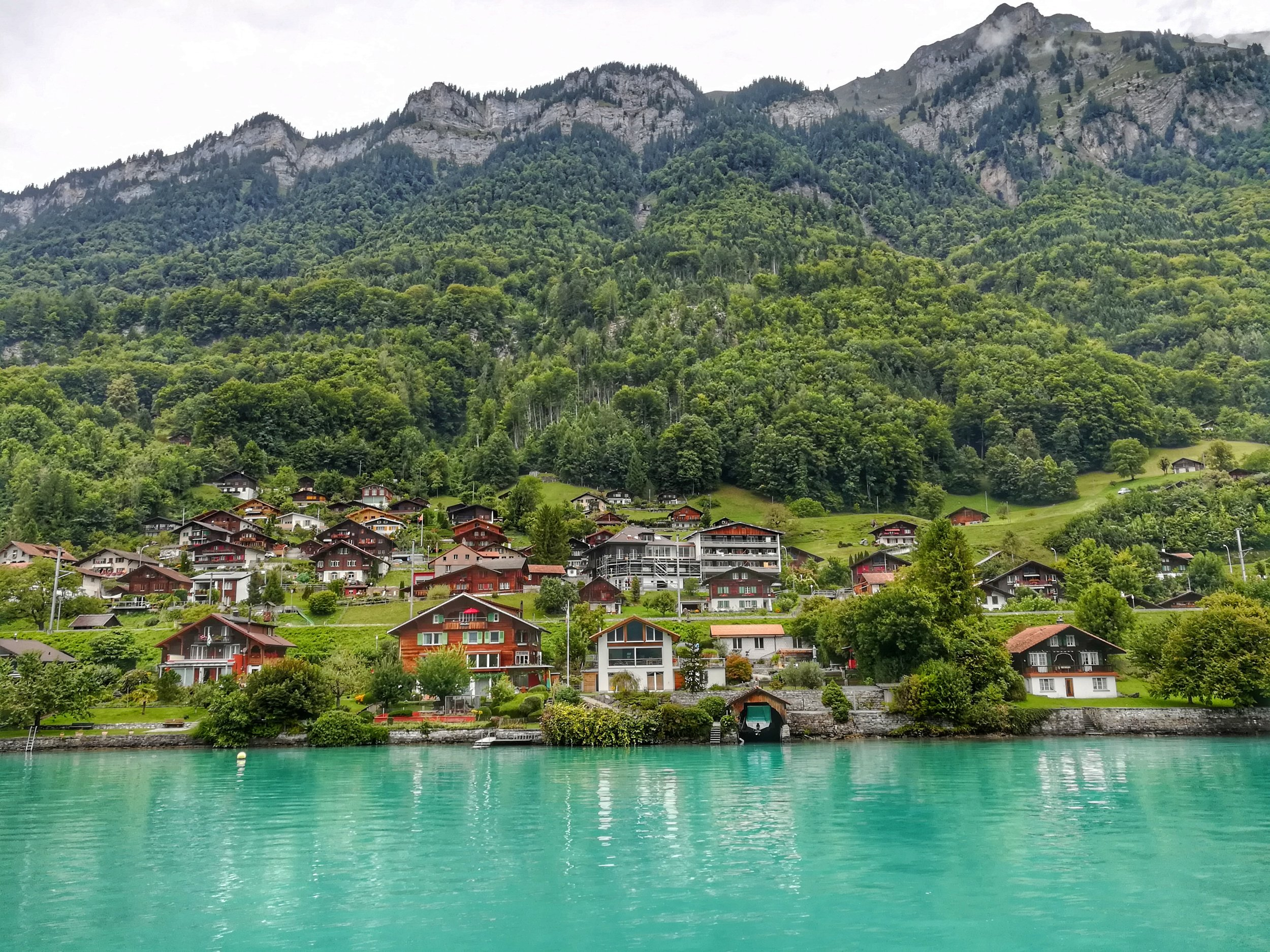 Quaint towns in the side of the lake