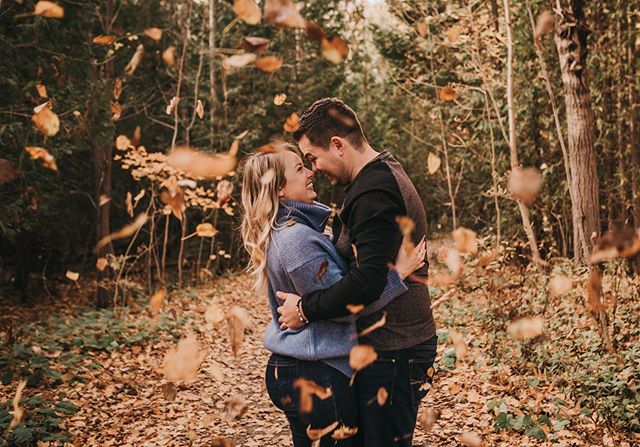 Fallin' in love with you 🍂 . . . . . #torontowedding #torontoweddingphotographer #ontarioweddingphotographer #kawarthaweddingphotographer #muskokaweddingphotographer #muskokawedding #canadianphotographer #canadianwedding #theknot #theknottoronto #junebugweddings #weddingmoments #unplugged_culture #thesnuggleisreal #momentsovermountains #postthepeople #dirtybootsandmessyhair #luxeweddings #engagedintoronto #weddingplanning #muchlove_ig #michellelinaphotography