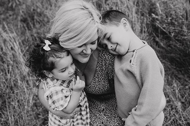 Mama cuddles 🌿 . . . . . #candidchildhood #magicofchildhood #childhoodunplugged #thebloomforum #pixel_kids #clickinmoms #momtogs #moodygrams #the_sugar_jar #littleandbrave #letthekids #letthembelittle #thatsdarling #mom_hub #cameramama #lookslikefilmkids #dearphotographer #documentyourdays #muchlove_ig #childhoodwonders #kidsforreal #blackandwhitephotography #kidswhoexplore #makeportraits #torontofamilyphotographer #durhamregionfamilyphotographer #michellelinaphotography