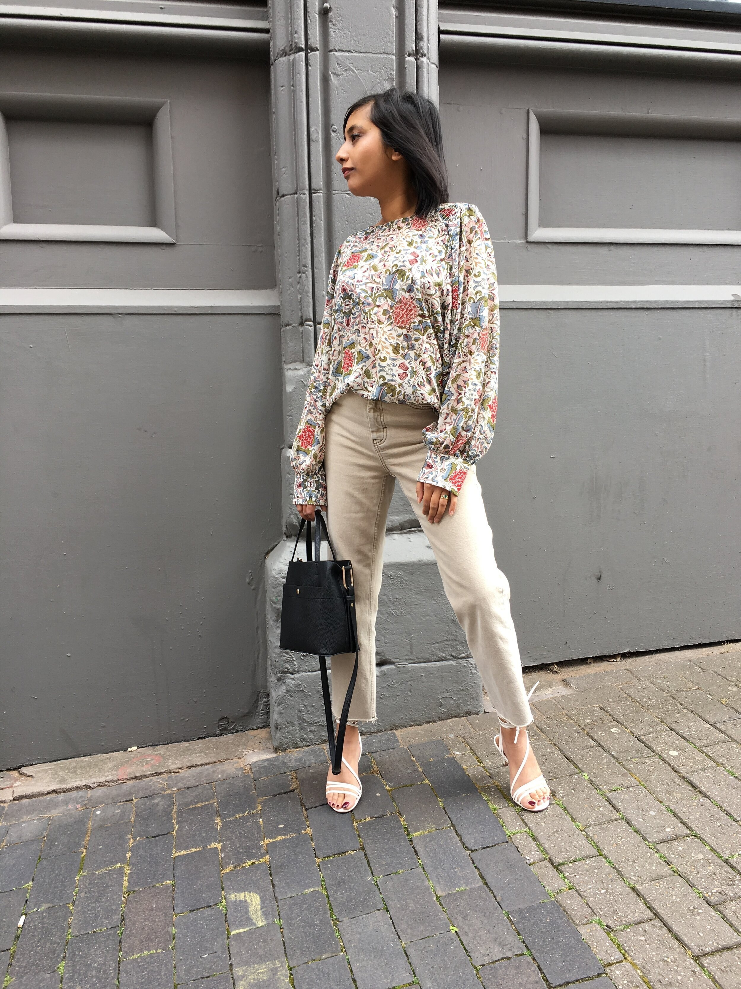 Mango Floral Print Blouse (£29.99)  ,   Topshop Sand Straight Jeans (£40.00)  , H&M Sandals - sold out but similar from & Other Stories (  here  ) and (  here  )