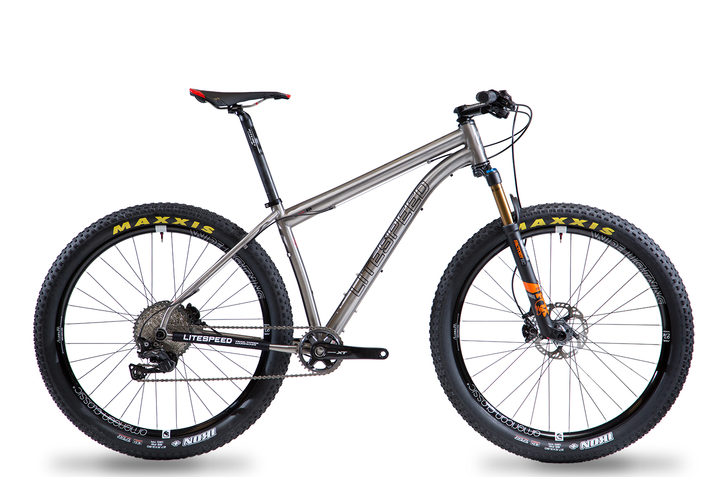 Pinhoti Boost  [Price listed of frame only]   SGD $3,675  | Specifications:   Here