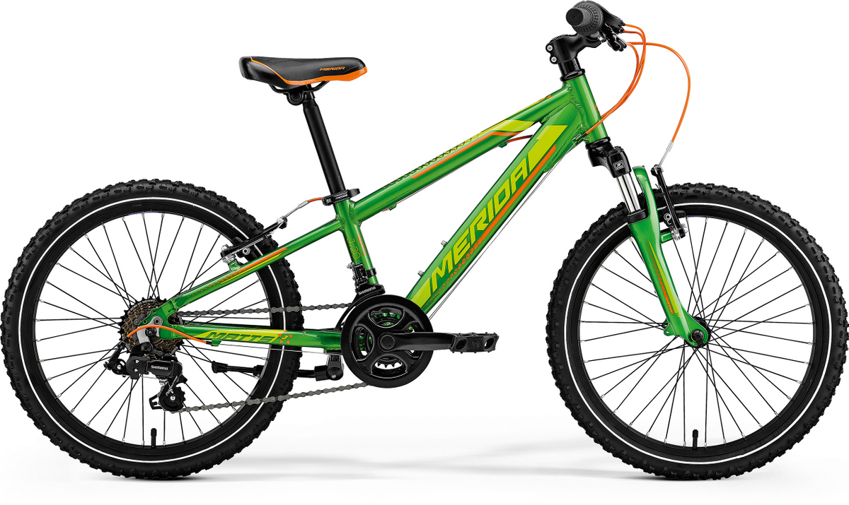Matts.J20   SGD $422 | Specifications:   Here