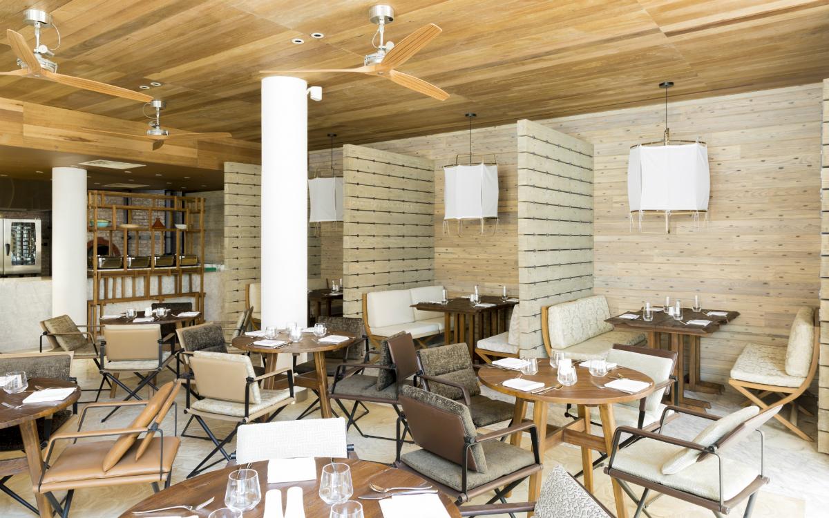1200x750_restaurant 1 medium.jpg