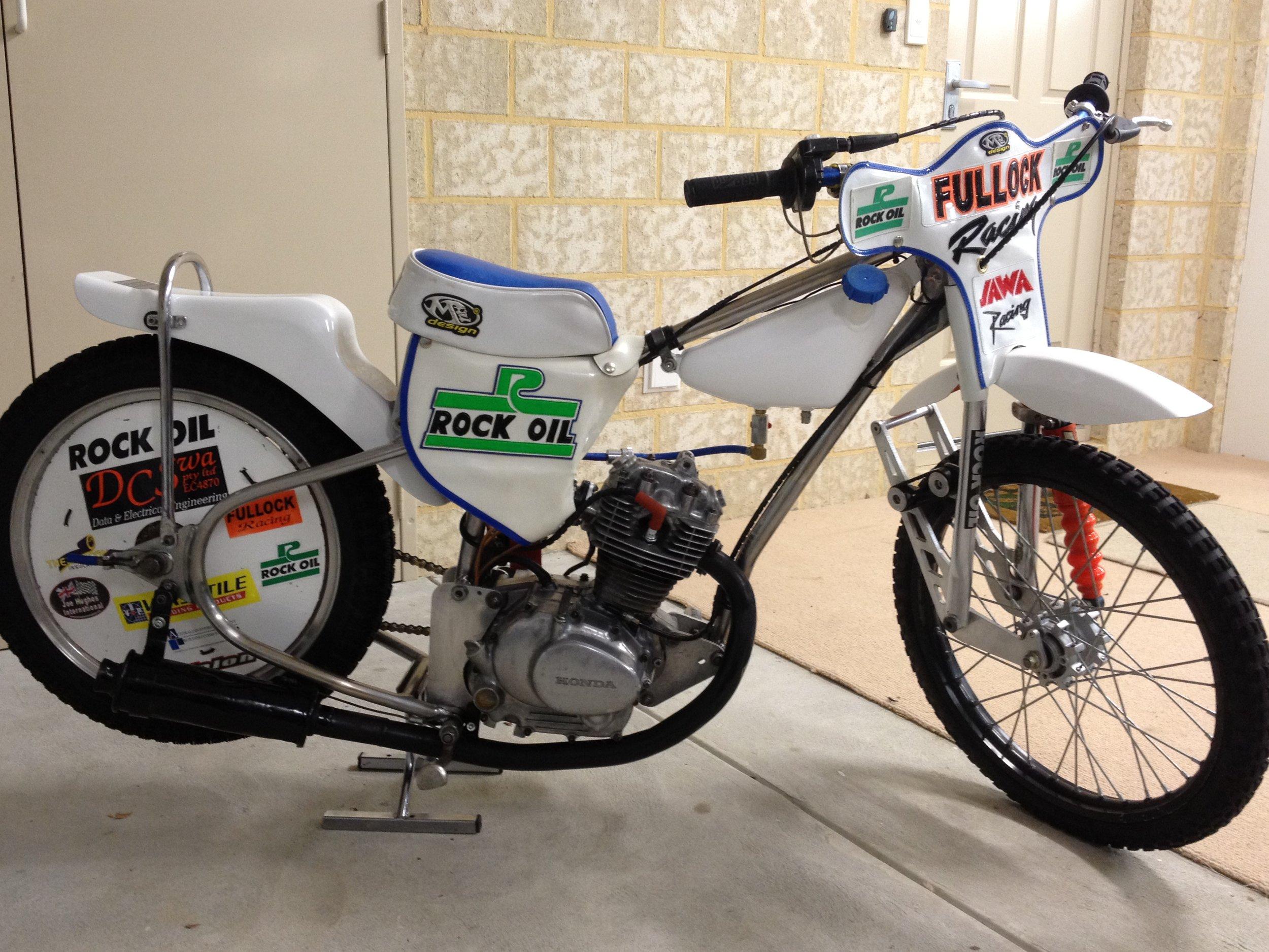 First bike, Honda 125cc (2).jpg