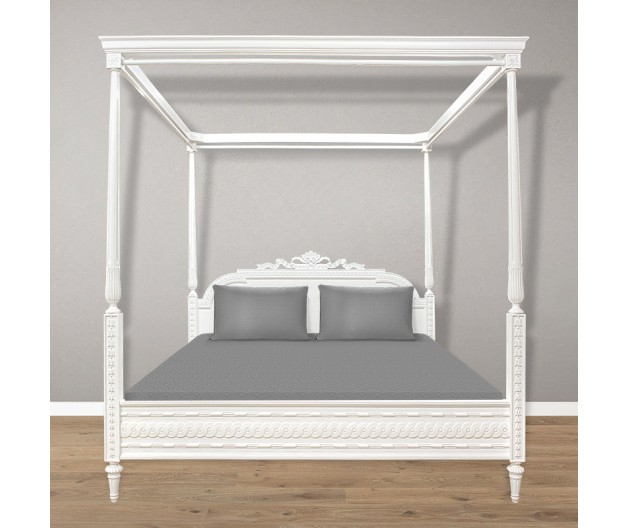 1008 - Gustavian canopy bed