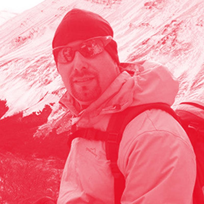 Licenciatario y Organizador   Rodrigo López   ¿Qué significa Antártica para ti?    Un lugar que despierta el sentido de aventura y exploración. que provoca una comunión con el entorno.   Tu TED Talk imperdibleç     The secret structure of great talks