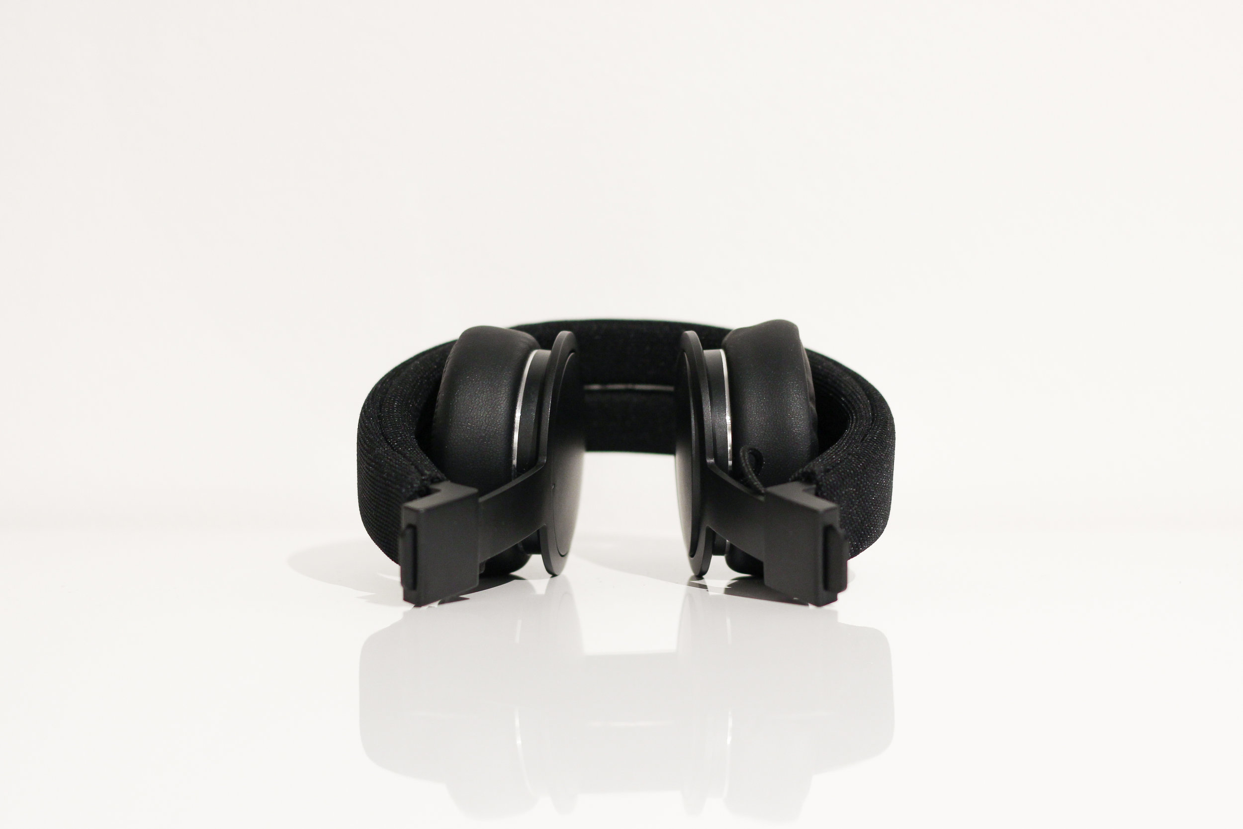 urbanears_plattan_adv_wireless_2.jpg