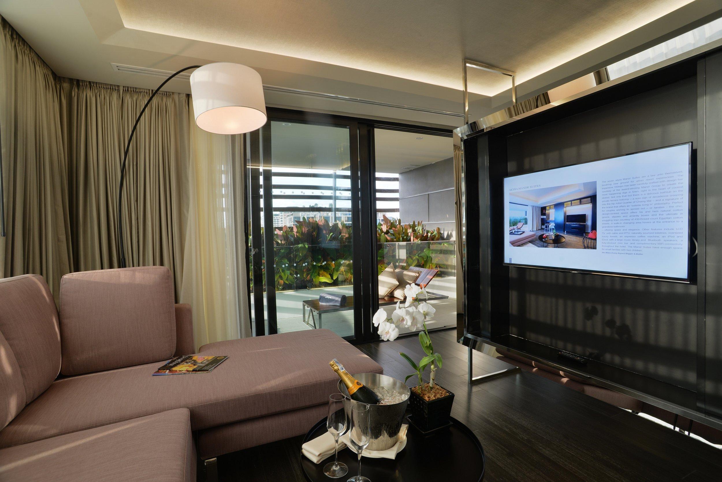 room suite3.JPG