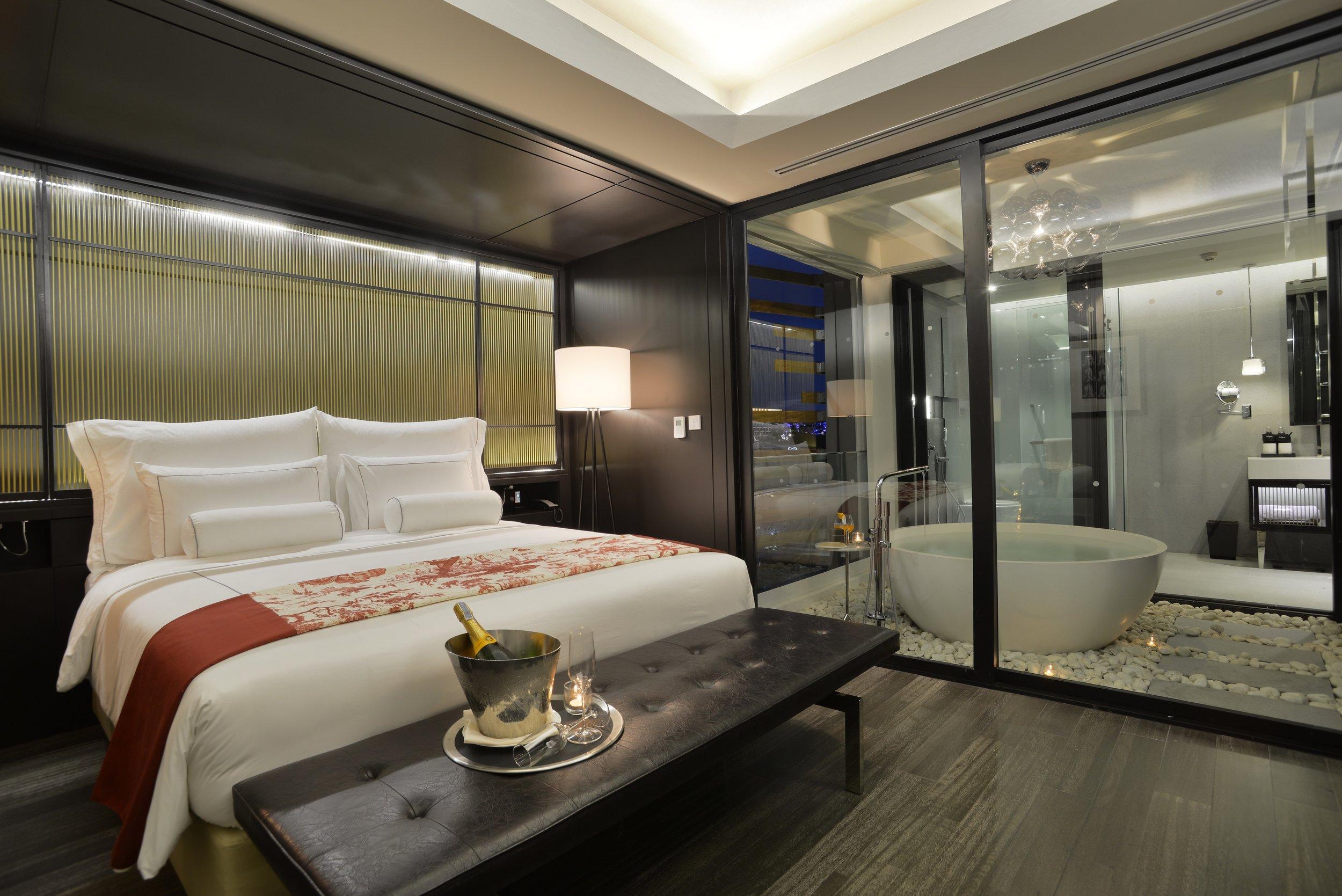 room bed3.JPG