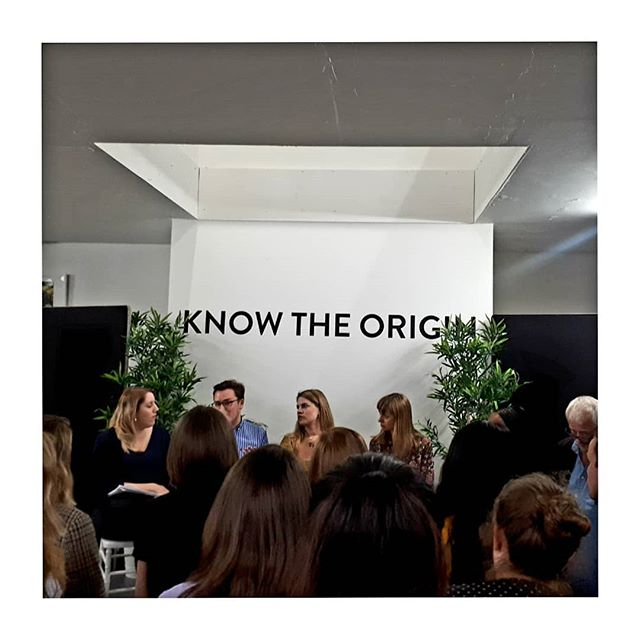 During #fashionrevolution Week last week we attended many thought provoking events. Now 6 years on from the Rana Plaza tragedy are we doing enough?! Hosted by @knowtheorigin Wednesday's discussion featured a truly inspirational panel of speakers from @peopletreeuk @fash_rev @ijm @joinourco and @global_standards_consortium discussing the future for #fairfashion and the need to support the movement for change in the fashion industry! #movementforchange #sustainablefashion #organic #fairtrade #ethicalfashion #endslavery