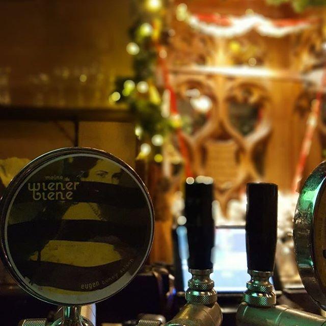 By the way if you want to enjoy #meinewienerbiene on tap, you just have to get to Vienna's best Irish Pub @charliepsvienna ! #eugenales #wien #craftbeer #birraviva