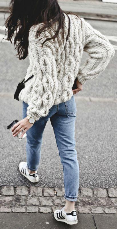 0bb4c02a940f1db7d2f7f3bc66e671eb--knitwear-fashion-sweater-fashion.jpg