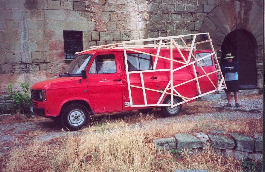 colomer_fuegogratis_coche_medias.jpg