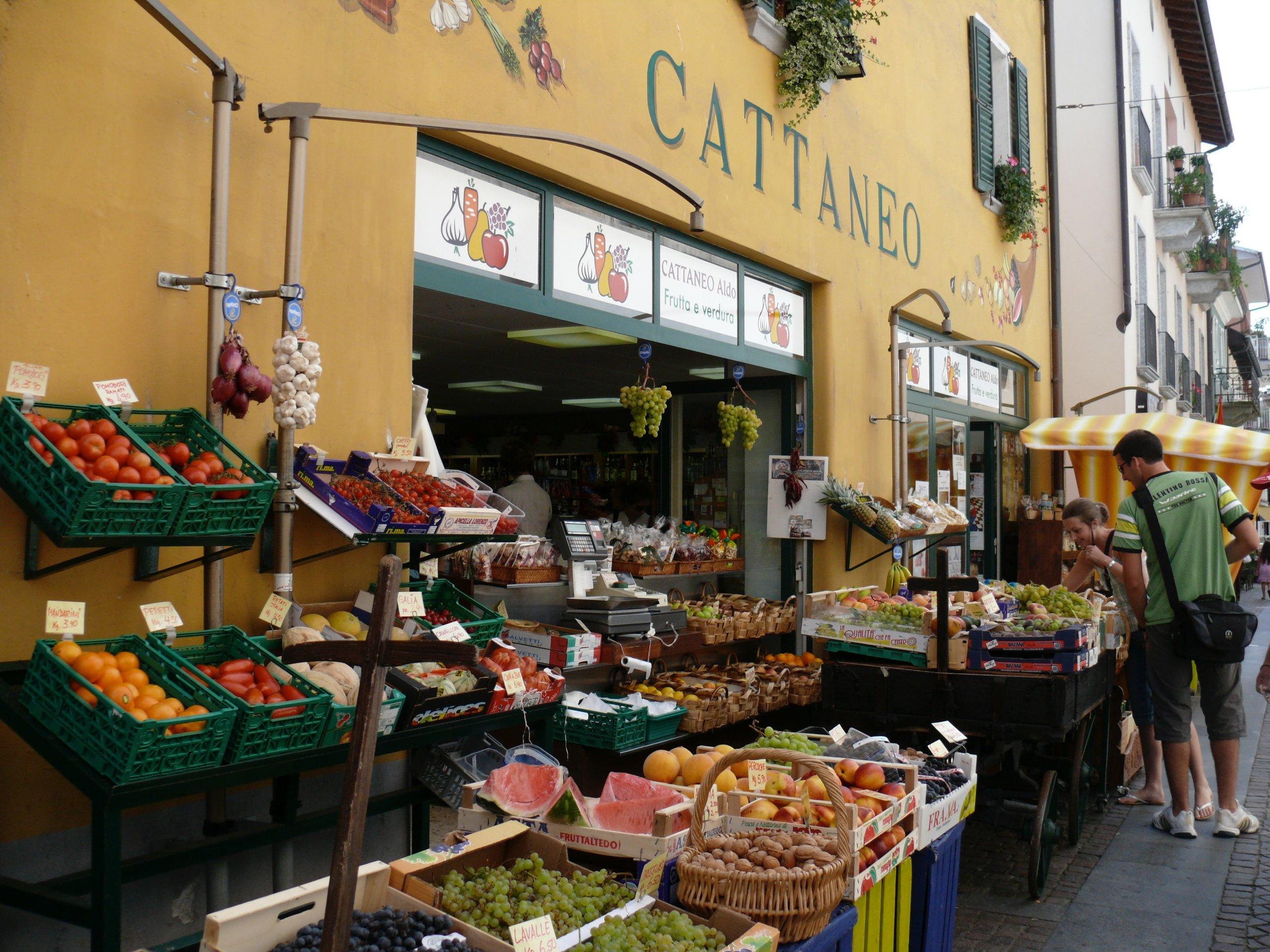 Ascona Fruit Market.jpg