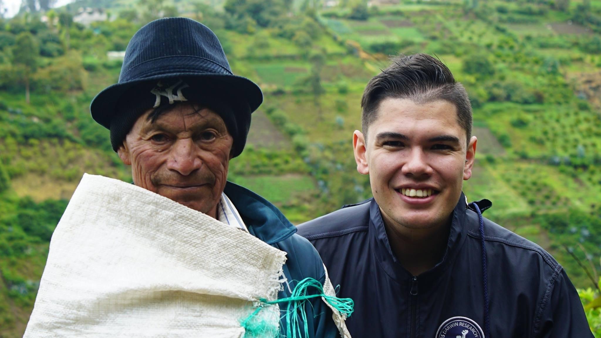 Cristian Arroba de la mano de las comunidades productoras de nuestra sierra ecuatoriana.