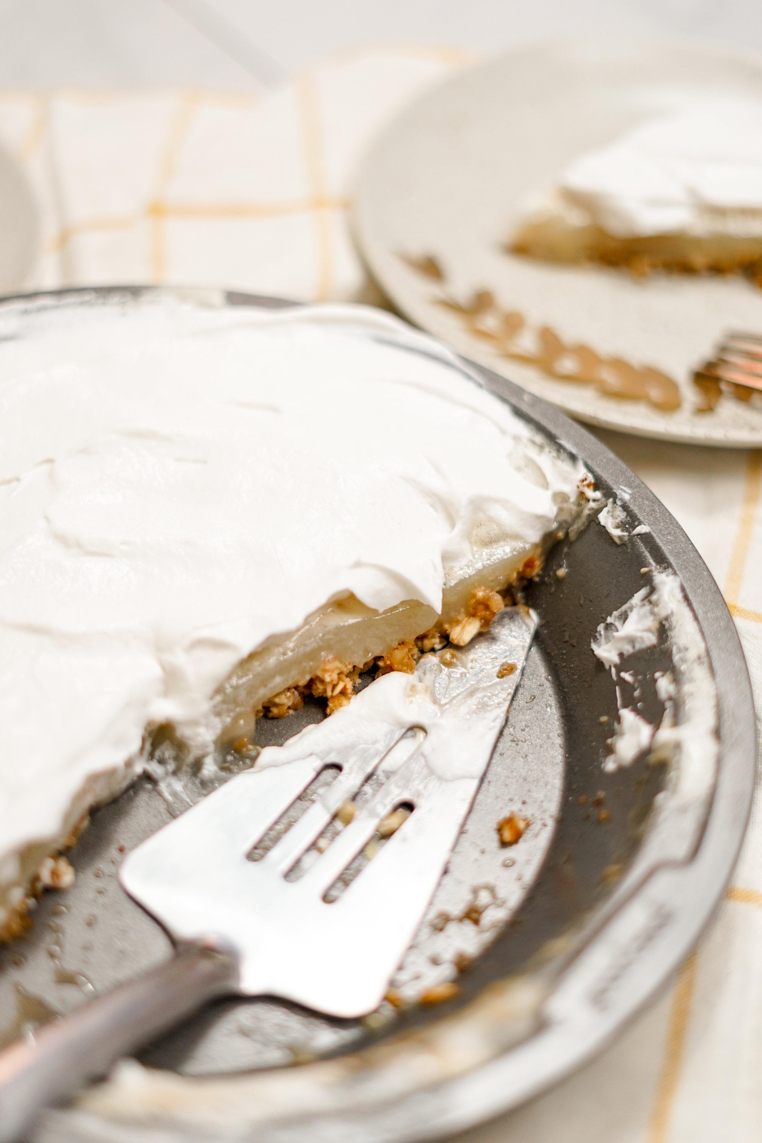pie, vegan pie, vegan pie recipe, pi day recipe, pie day recipe, vegan pie day recipe, pi day, vegan baking, easy vegan pie recipe, the best lemon merengue pie recipe, the best vegan pie recipe, lemon juice, sugar, coconut whipped cream, how to make a vegan pie, recipes for vegan pie, recipe for vegan lemon merengue pie, cream pie recipes, vegan cream pie recipes, i am rorie, i am rorie pie recipe, i am rorie recipes, i am rorie baking recipe, whole foods, chicago food blogger, vegan chicago food blogger, i am rorie vegan food blogger, food bloggers from chicago, pie day recipes, sweets using lemons, how to use lemon juice in baking, baked goods, vegan baked goods