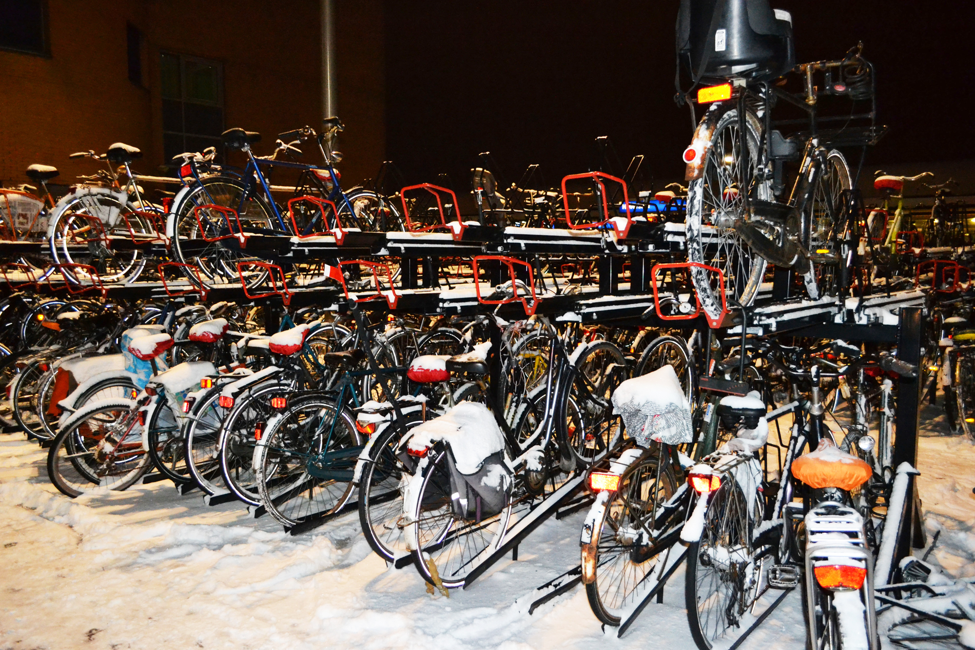 urbanbacklog-amsterdam-bicycle-city-3.jpg