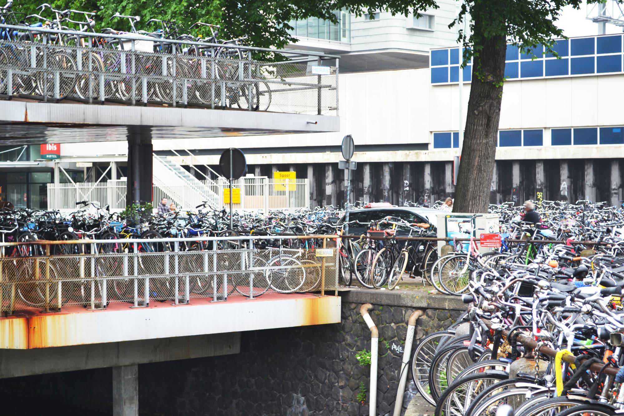urbanbacklog-amsterdam-bicycle-city-4.jpg