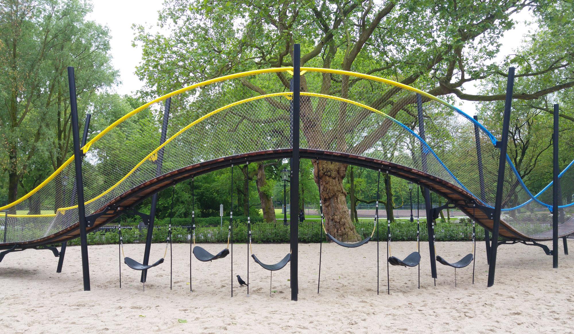 urbanbacklog-amsterdam-oosterpark-play-garland-3.jpg