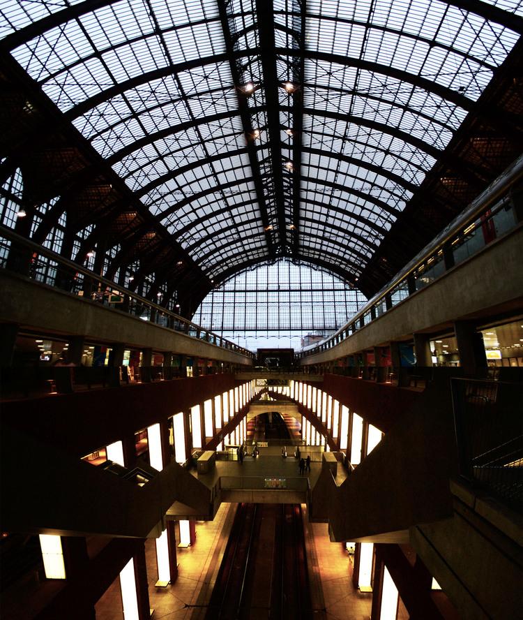 urbanbacklog-antwerp-central-station-3.jpg